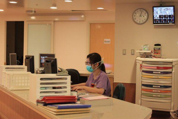 20141028HSCP-護理站-朱玉芬攝-3-600x401